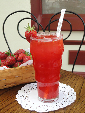 strawberry_lemonade copy